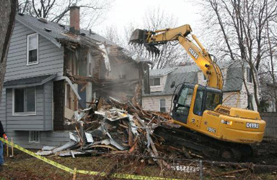 HOUSE & BUILDING REMOVAL SERVICE